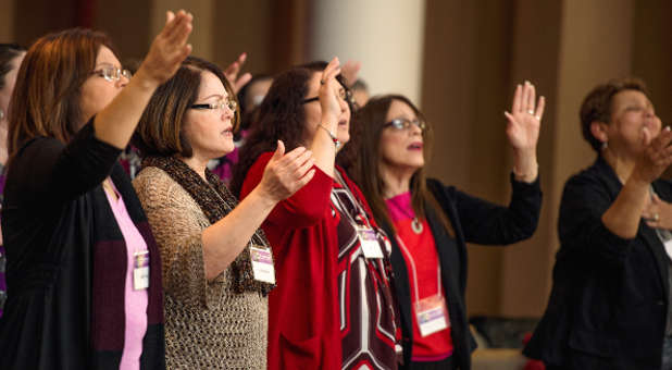 Women-worshipping